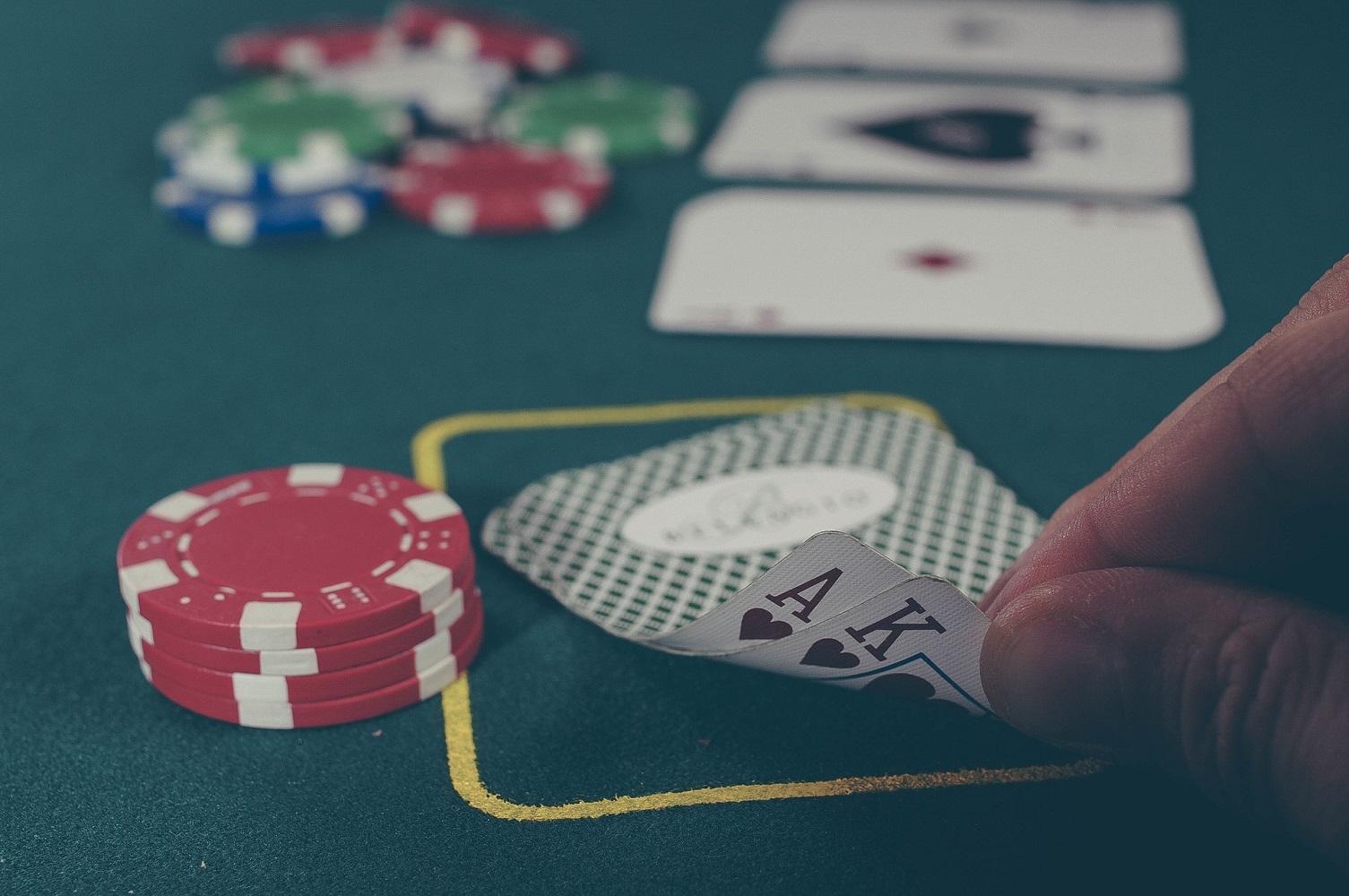 Umawiam się z hazardzistą